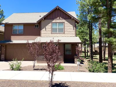 Photo for Elegant & comfortable w/ hot tub near NAU, downtown, parks, with AC, large yard.