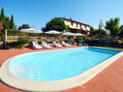 Photo for 2 bedroom Villa, sleeps 6 in Il Pino with Pool, Air Con and WiFi