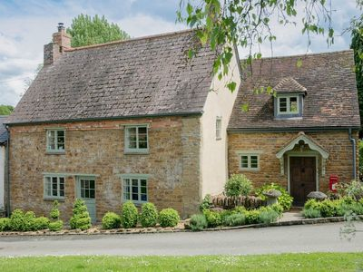 Photo for 3 bedroom accommodation in Badby