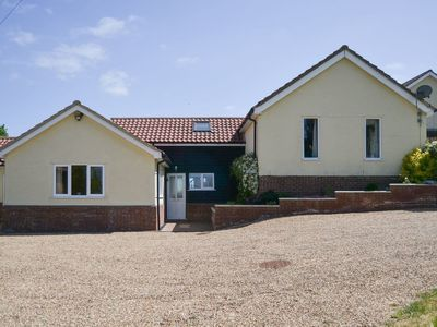 Photo for 2 bedroom accommodation in Dallinghoo, near Woodbridge