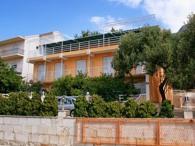 Photo for One bedroom apartment with balcony and sea view Gradac (Makarska)