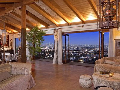 Photo for Hollywood Hills 6,000 sq. ft Design Masterpiece-Jetliner Views