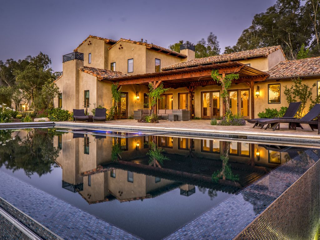 Spanish Home in the Heart of Wine Country