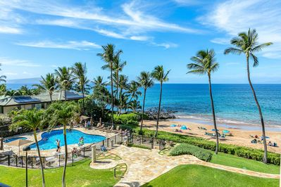 Pool and beach viewing from the lanai.