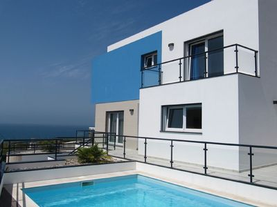 Photo for Quiet, modern and spacious villa with private pool and sea view
