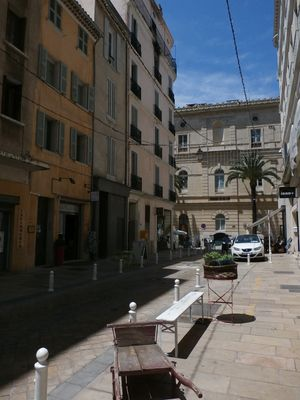 Photo for 1BR Building Vacation Rental in Toulon, Provence-Alpes-Côte d'Azur