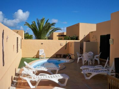 Photo for 3 bedroom 2 batthroom house with private pool sleeps 8