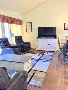 Photo for 3 Bedroom Recently Remodeled Fairfield Glade Condo
