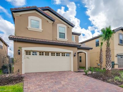 Photo for Luxury 6 Bed Villa with  Pool/Spa, Game Room & Resort Clubhouse - Minutes to Disney