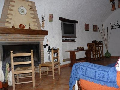 Photo for Self catering Cueva El Monterón for 7 people