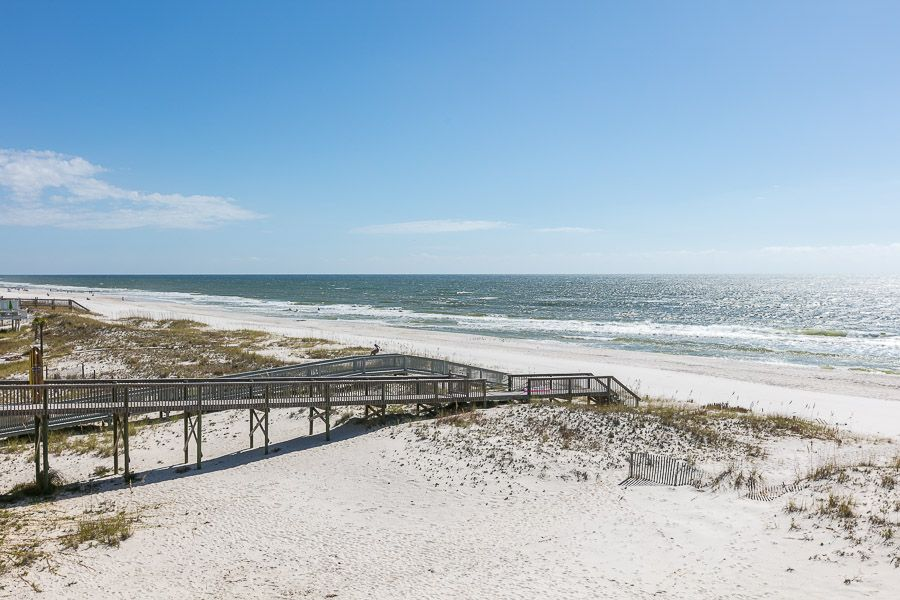Gulf Shores License to Chill: 7 BR / 6 BA house in Gulf Shores, Sleeps 18