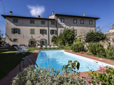 Photo for Wonderful Villa in north Tuscany