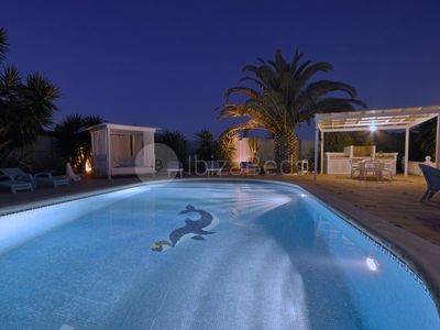 Photo for Spacious villa, beach and town nearby, Wifi, Aircon, Large swimmingpool