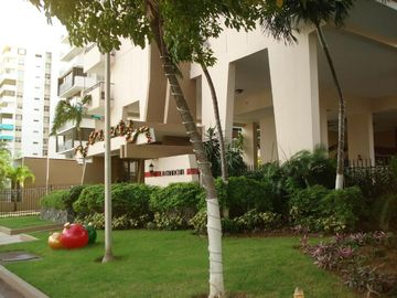 Beautiful , Spacious and Comfortable Puerto Rico Condo in Tourist Area