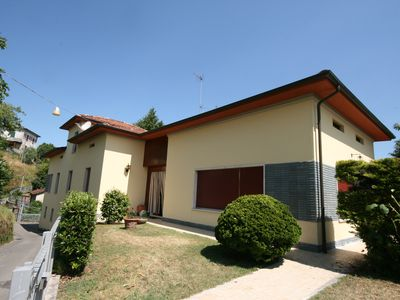 Photo for Spacious Family Villa in Barga with expansive terrace,stunning views & free wifi