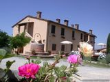 Farnouse rental near Asciano