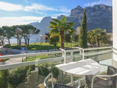Photo for On the shores of Lake Garda – Apartment Lago Blu