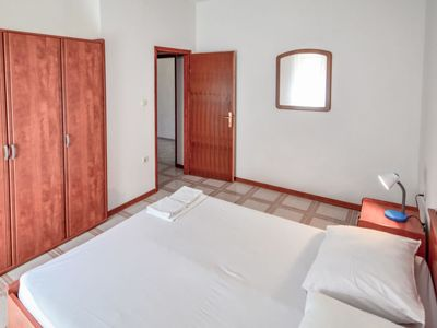 Photo for Apartment Ankica in Pag/Mandre - 4 persons, 1 bedrooms