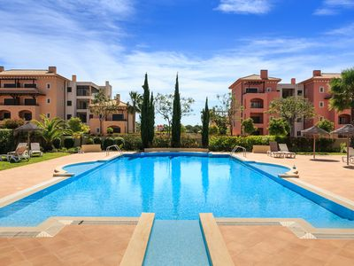 Photo for Vilamoura Luxurious PENTHOUSE by the golf, WIFI, Cable TV, 2 pools