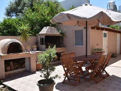 Photo for villa fanouris..2 km from the old city of chania!(10 person,parking, Netflix)