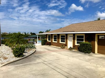 Beautiful home on the Intracoastal with short walk to the beach!