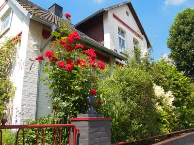 Photo for Lovingly modernized apartment in Buxtehude - central + quiet!
