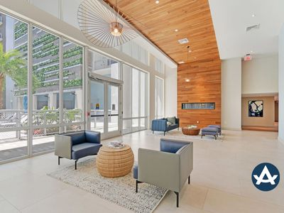 Photo for Sextant | Biscayne Townhome #1001 | Pool + Gym | 10 mins to South Beach