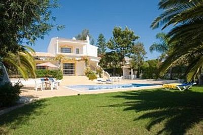 Photo for 3 bed Villa with Private Pool and Gardens - sleeps 6/8. 5min stroll to village.