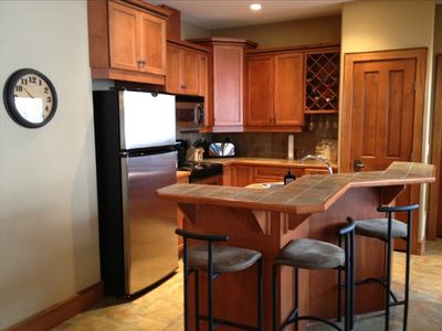 Photo for Upscale 3 Bedroom Sleeps 9 Private Hot Tub in Happy Valley. Ski in/out.