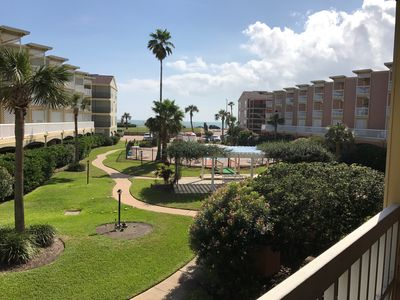 Photo for Relaxing Galveston Gulf View Condo directly across from beach.