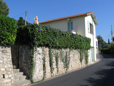 Photo for Côte d'Azur - Near Cannes, detached, charming holiday home with sea views