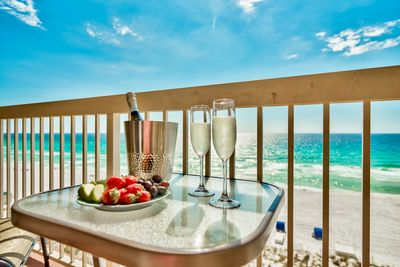 7th floor direct gulf views! High enough for quiet and privacy.