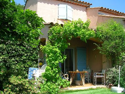 Photo for Vacation home Panorama in Saint-Raphaël - 5 persons, 2 bedrooms