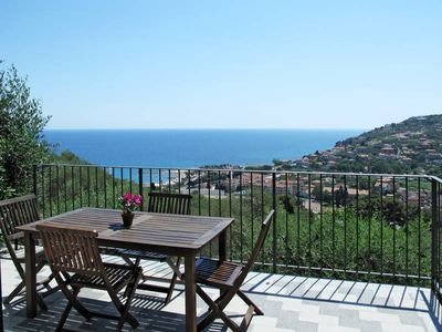 Photo for Apartment Villa Monte Calvario  in Imperia, Liguria: Riviera Ponente - 6 persons, 2 bedrooms