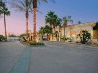 Photo for 1 Bedroom + Den/Bedroom with 2 Bath Condo In Old Town Scottsdale