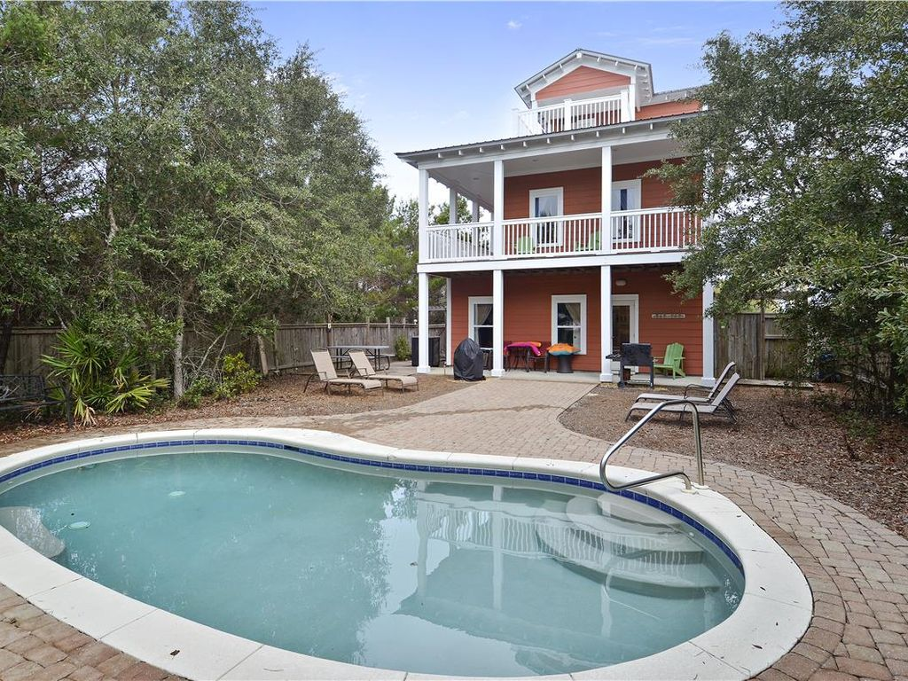 10 off elizabeach 5 bedroom house close to beach for 5 bedroom house with pool