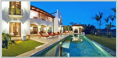 Photo for Spacious Spanish Colonial Luxury Villa in Golf Resort