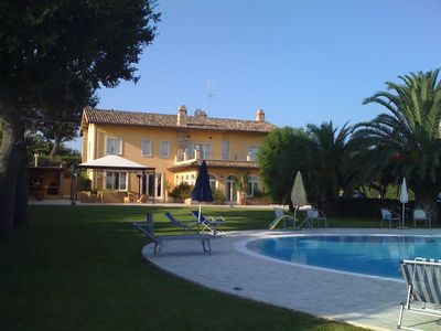 Photo for Villa with swimming pool in the countryside 5 km from the sea