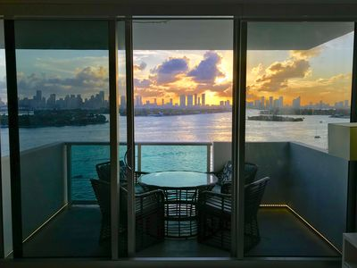 Photo for New Listing Sunset Stunner 2 Bed Direct Bay View Tower Suite