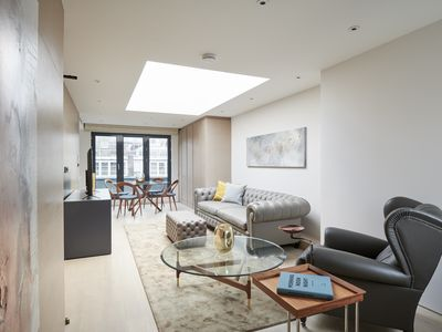 Photo for Posh 3BR in Mayfair by Sonder