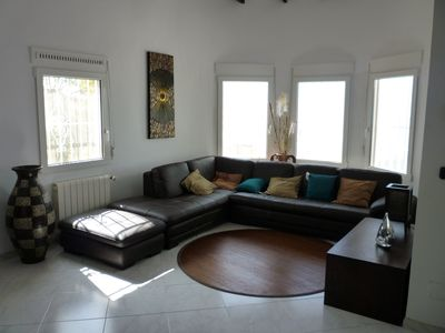 Large Living room with plasma TV, fire place