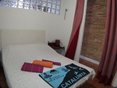 Photo for Sunny flat in the heart of Barcelona