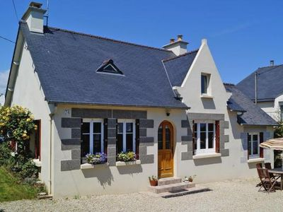 Photo for holiday home, St. Quay-Portrieux  in Côtes d'Armor - 4 persons, 2 bedrooms