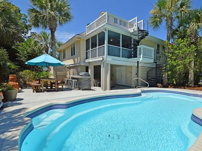 Photo for Great Seabrook Island Home - Modern & updated - Private Pool - Club Access Free!