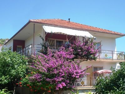 Photo for Neat apartment in Vinisce with magnificent sea and beach within walking distance