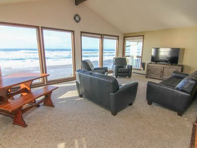 Photo for Huge Vaulted Great Room, Private Beach Access, Oceanfront, Two Fireplaces!