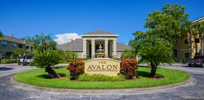 The Avalon At Clearwater. Completely Renovated, 2 Bedroom, 2 Bath Condo.