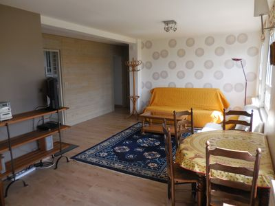 Photo for 1BR Apartment Vacation Rental in Sartrouville, Île-de-France