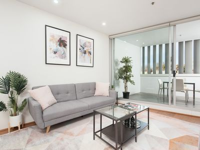 Photo for Spacious studio Darlinghurst TOT404