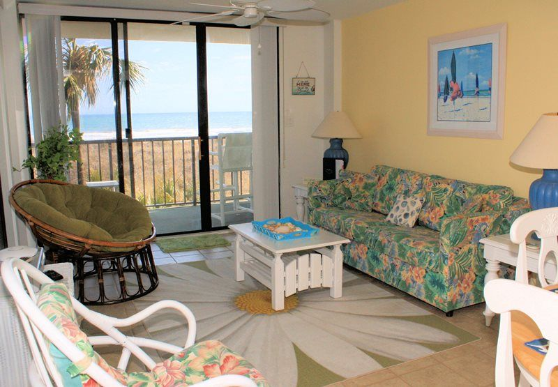 Oceanfront 2 Bedroom 2 Bath Condo Outdoor Pool Within